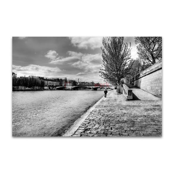 Spaziergänger an der Seine