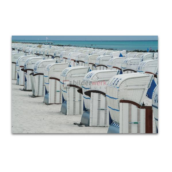 Strandkörbe in Reihe