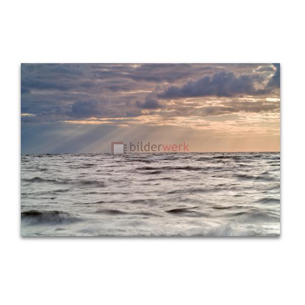 Sonnenstrahlen über der Ostsee