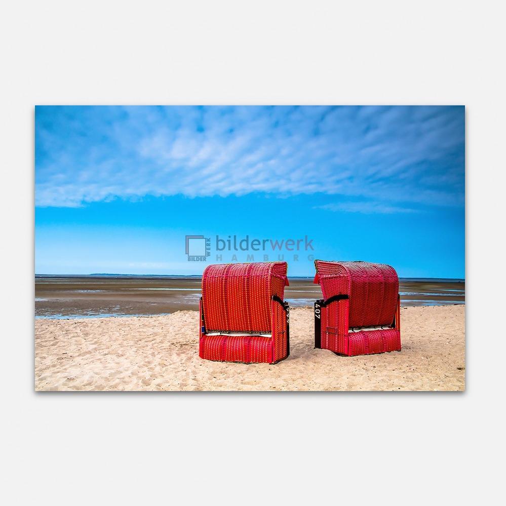 Zwei rote Strandkörbe 1
