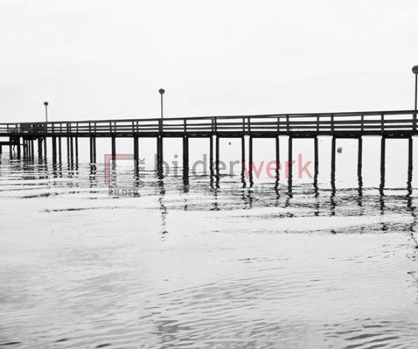 Einsame Seebrücke