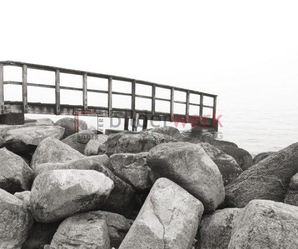 Über die Felsen